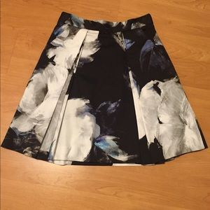 Milly A Line blue black floral Katie skirt size 2